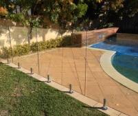 frameless-glass-pool