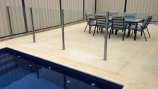 semi-frameless glass fencing